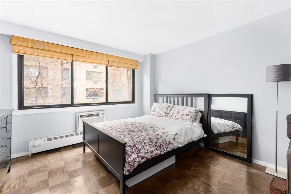 New York City Real Estate | View West 16th Street | room 2