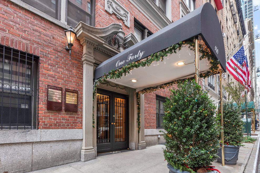 New York City Real Estate | View 140 West 58th Street, #PHB | room 10