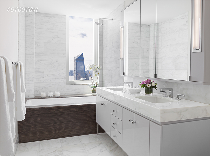 460 West 42nd Street, 54F, Bathroom