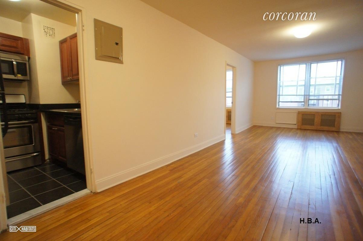 601 East 18th Street Interior Photo