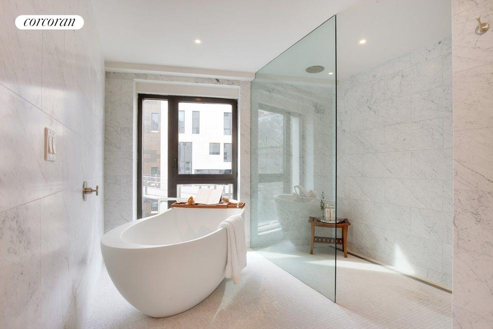 Windowed 5-Piece Master Bath