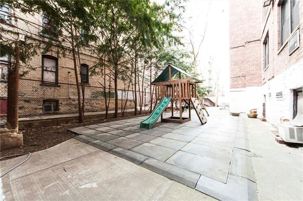 New York City Real Estate | View 275 Webster Avenue, #2G | room 5