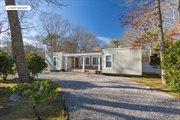 10 Evergreen Lane, East Quogue