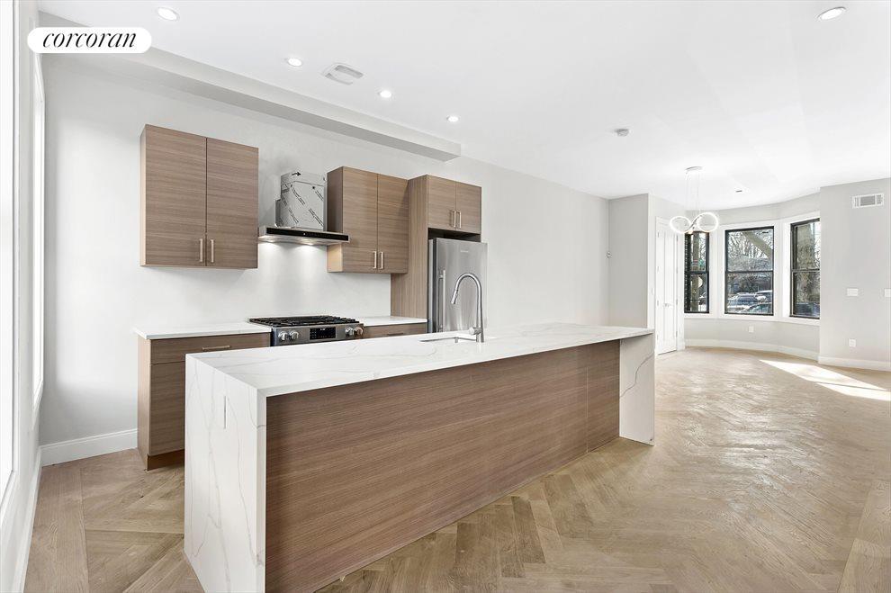 Sleek, modern kitchen!