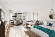 55 East 9th Street, Apt. 8R, Greenwich Village