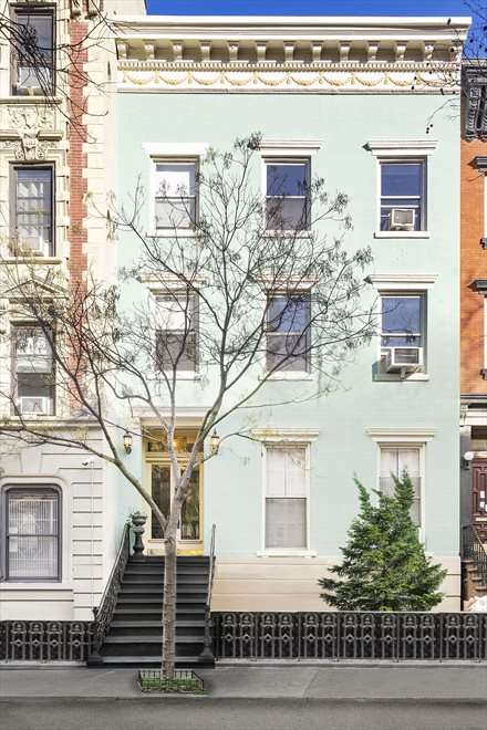 Chelsea's Teal Townhouse