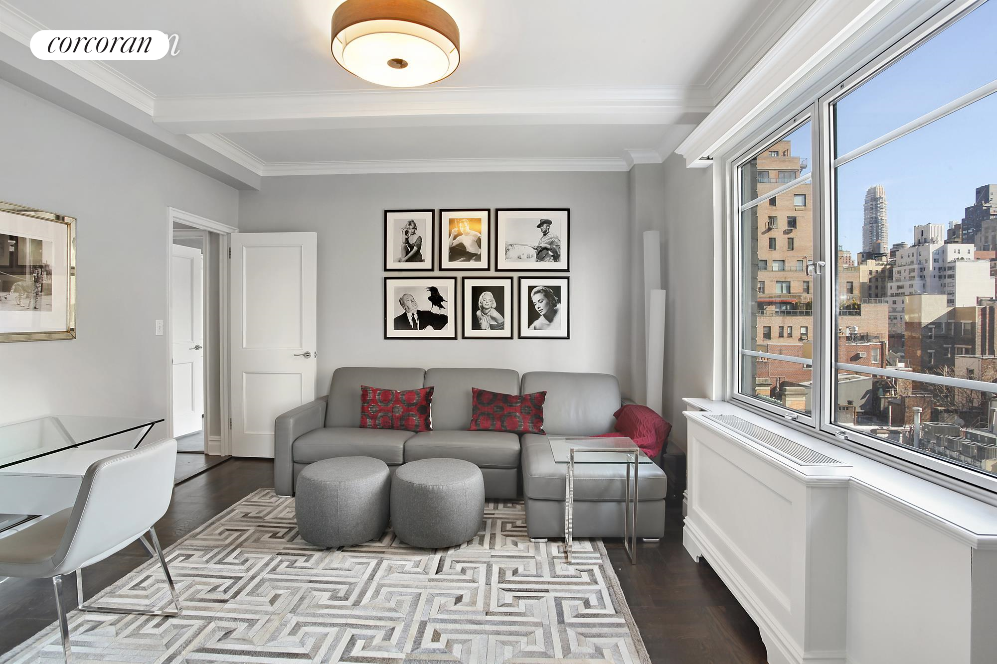 930 Fifth Avenue, 9F, Living Room