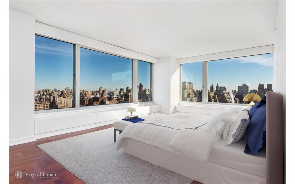New York City Real Estate | View Riverside Boulevard | room 35