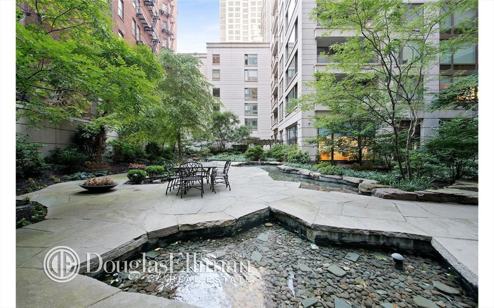 New York City Real Estate | View Riverside Boulevard | room 25