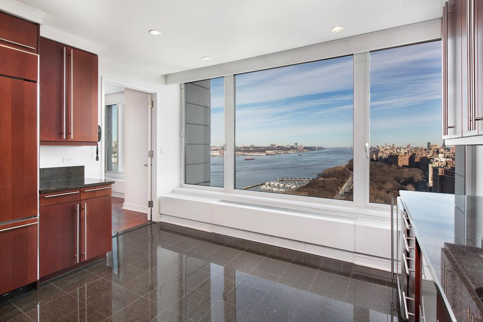 New York City Real Estate | View Riverside Boulevard | room 18