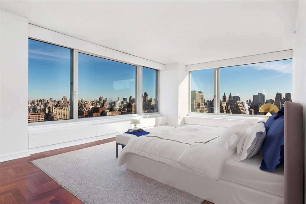 New York City Real Estate | View Riverside Boulevard | room 20