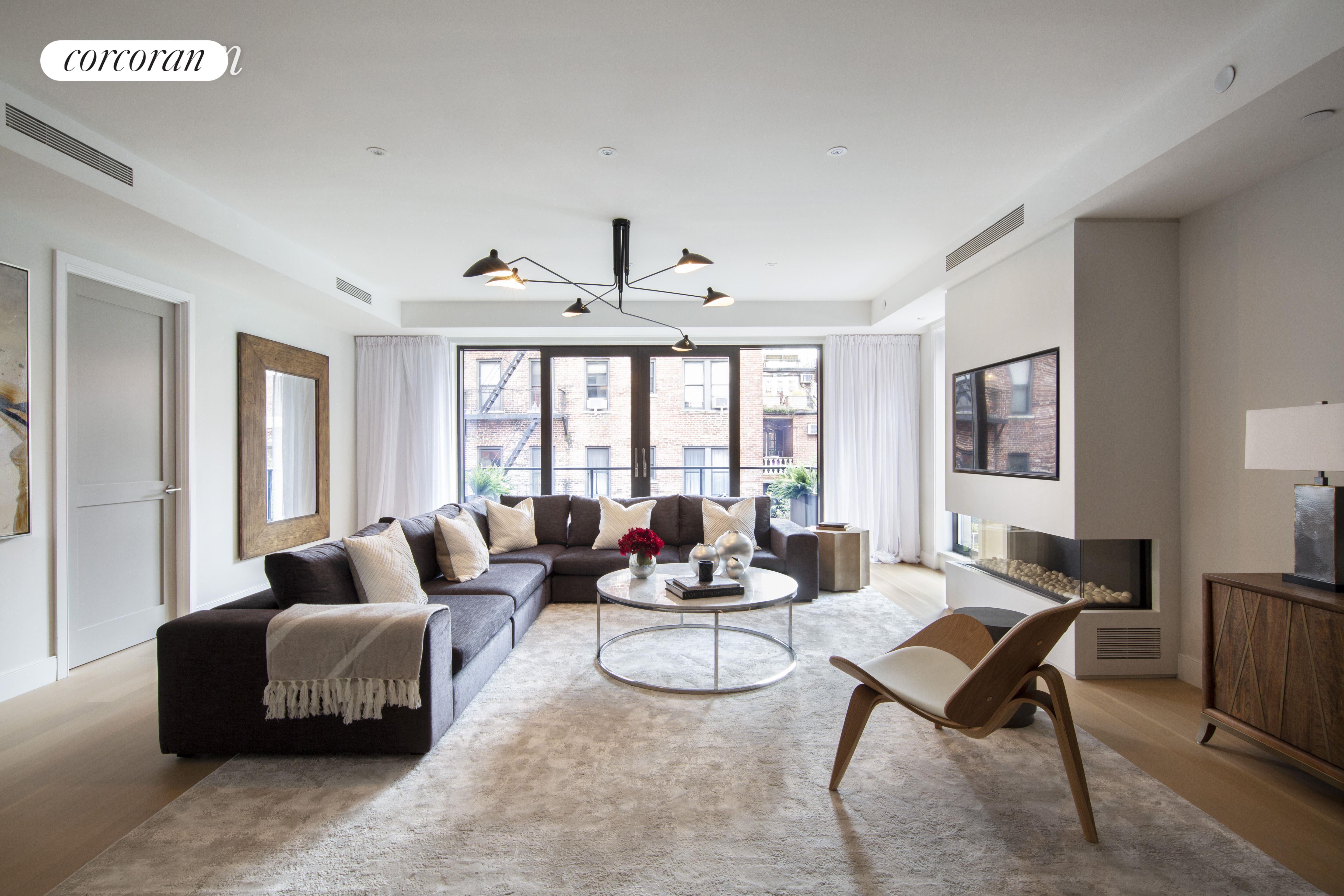 134 West 83rd Street, PH, Living Room