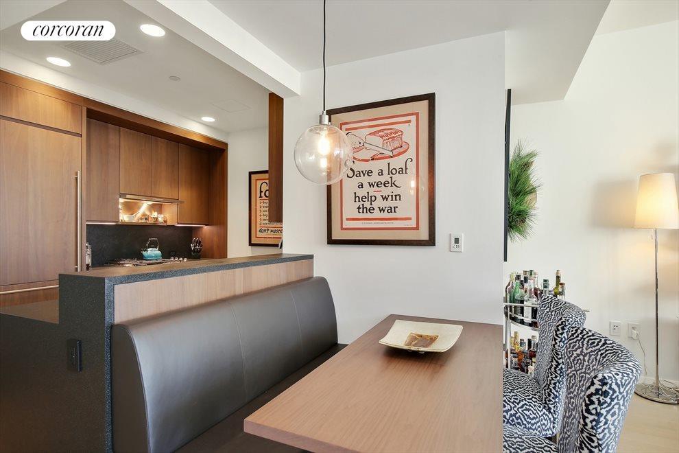 Kitchen/Dining Room w/ Built In Banquet