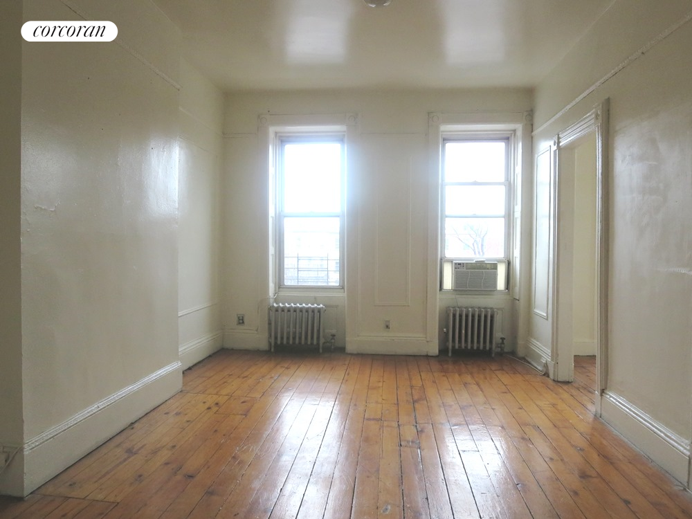 814 Halsey Street, Top Floor, Bedroom