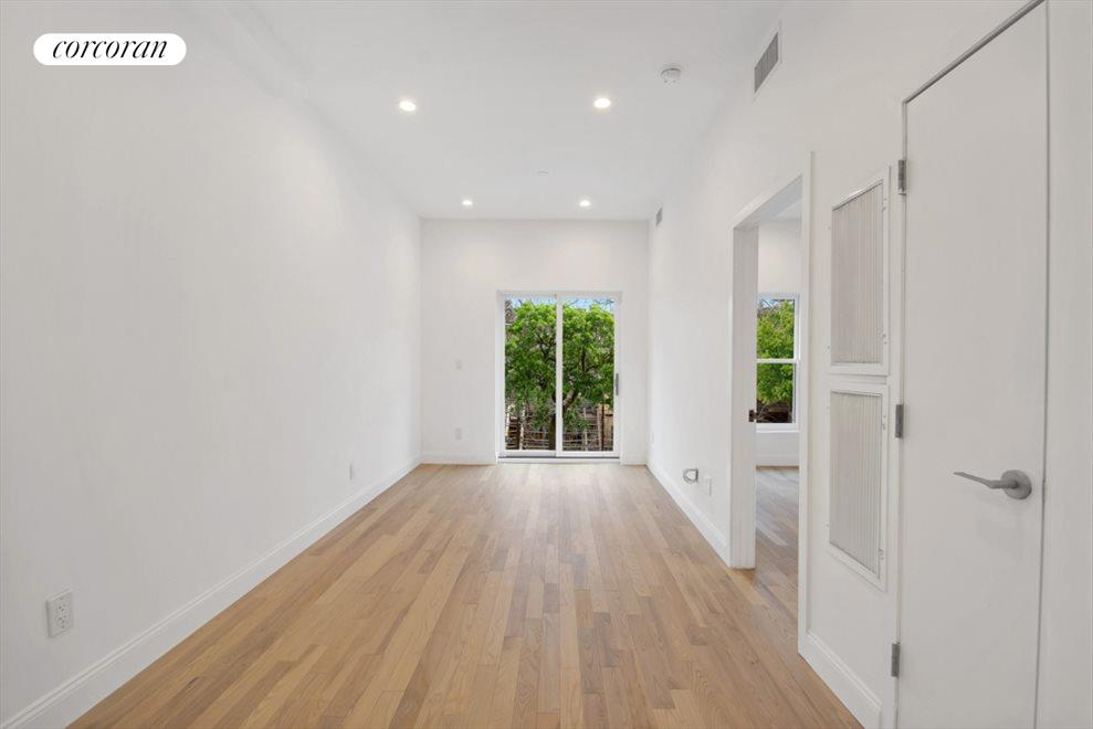 Fully renovated floor through beauty with roof top