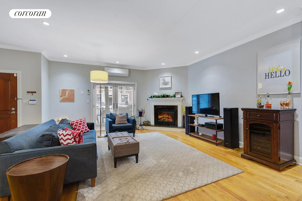 231 Bay Ridge Parkway, 1B, Spacious open living space with fireplace