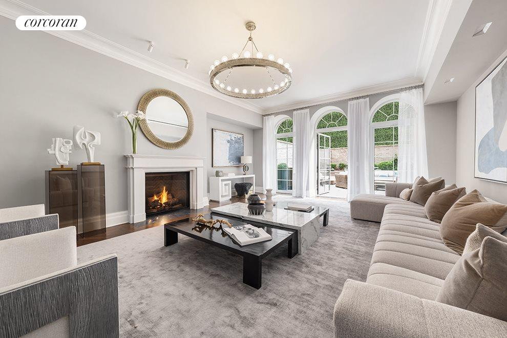 New York City Real Estate | View 20 East End Avenue, #TH2 | 4 Beds, 5 Baths