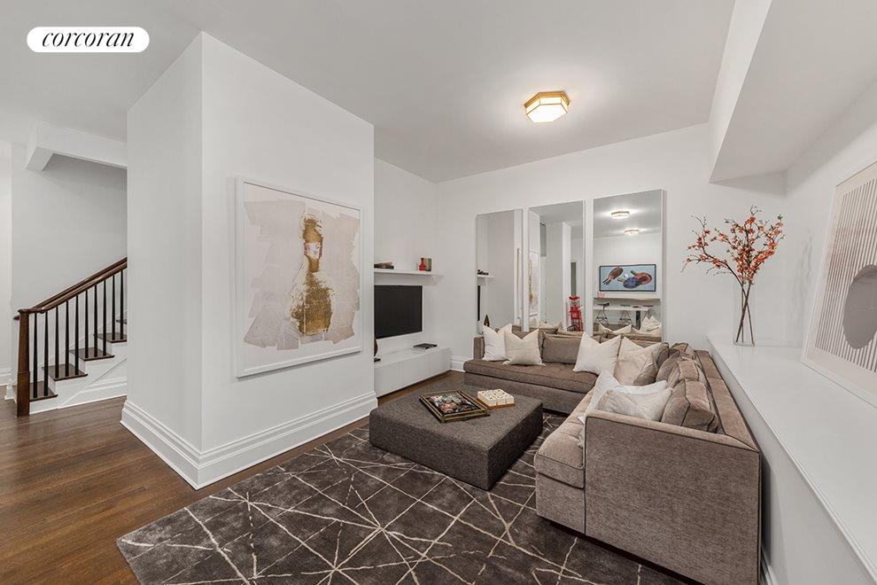 New York City Real Estate | View 20 East End Avenue, #TH2 | room 11