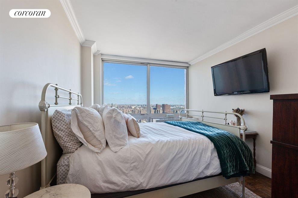New York City Real Estate | View 215-217 East 96th Street, #32A | Bedroom