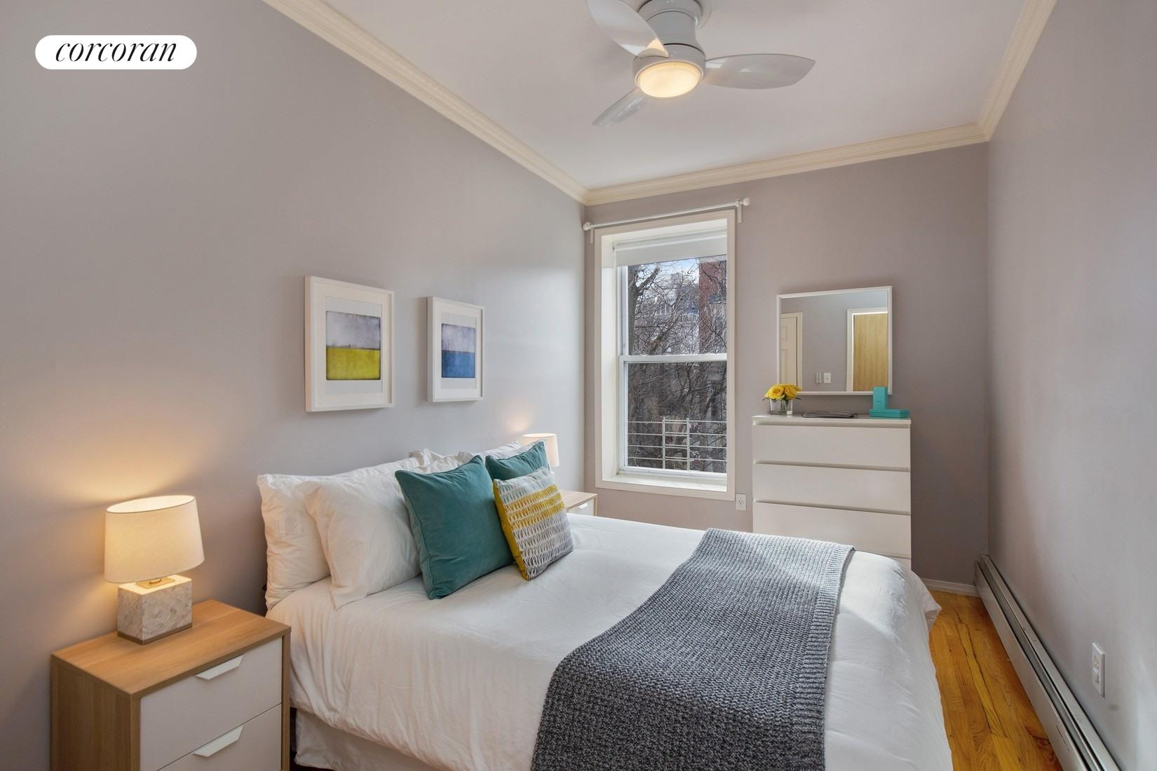 474 Waverly Avenue, 3, Open Living Space