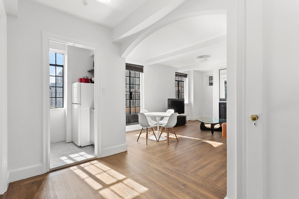 New York City Real Estate | View Irving Place | room 5