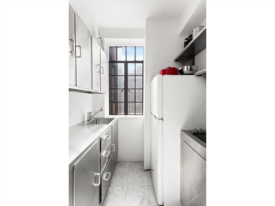 New York City Real Estate | View Irving Place | room 6