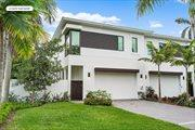 906 Bond Way, Delray Beach