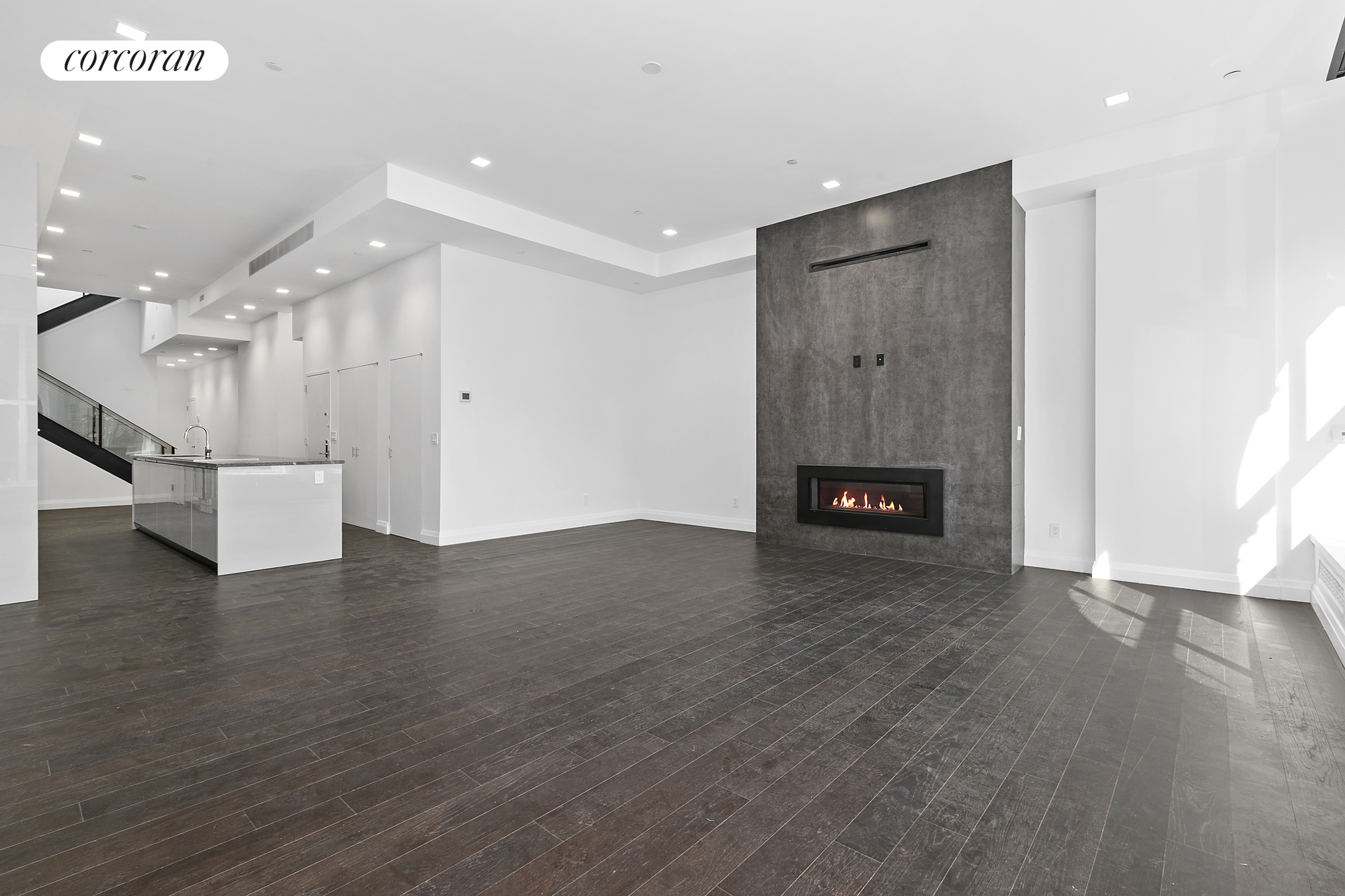 391 Broadway, Penthouse, Living Room