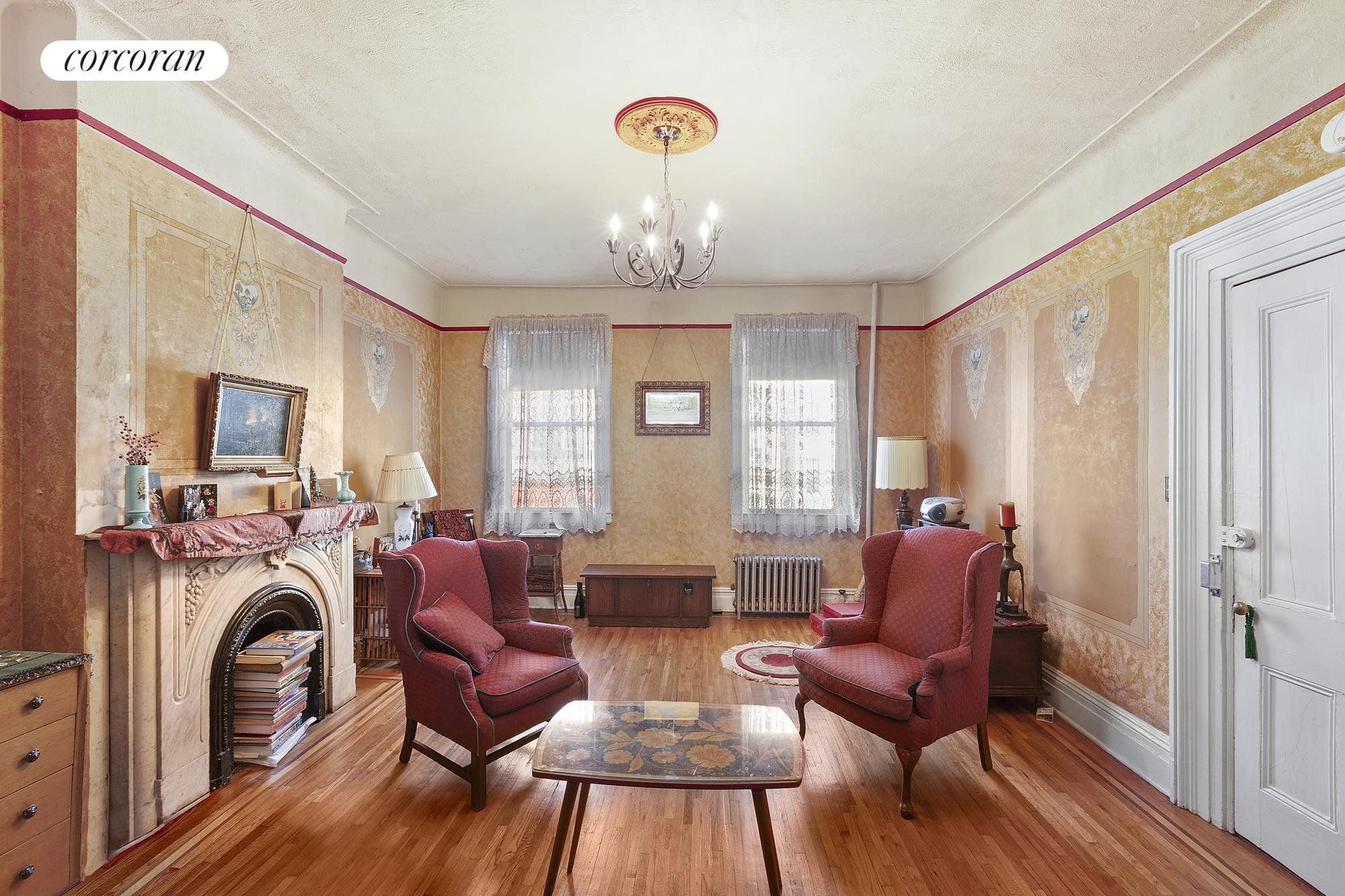 668 Metropolitan Avenue Interior Photo