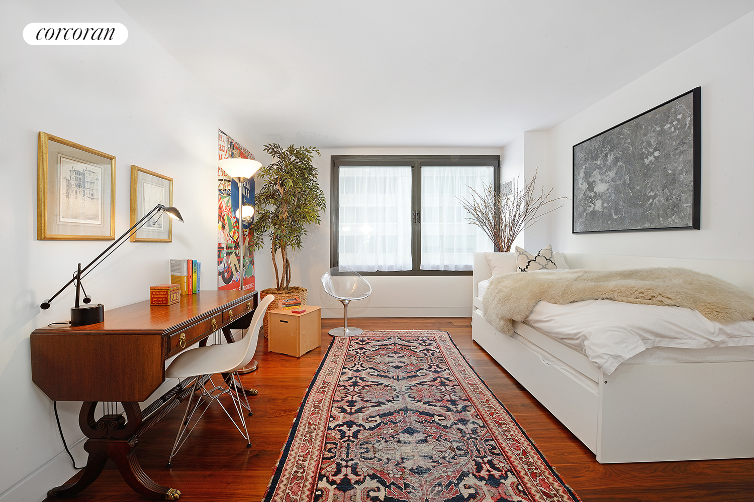44 West 62nd Street, 14AB, Living Room