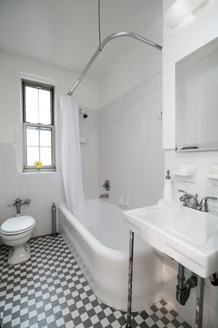 New York City Real Estate | View West End Avenue #2C | room 5