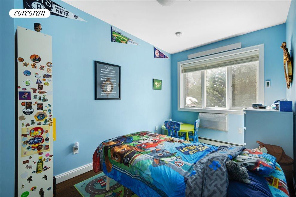 Facing garden bedrooms