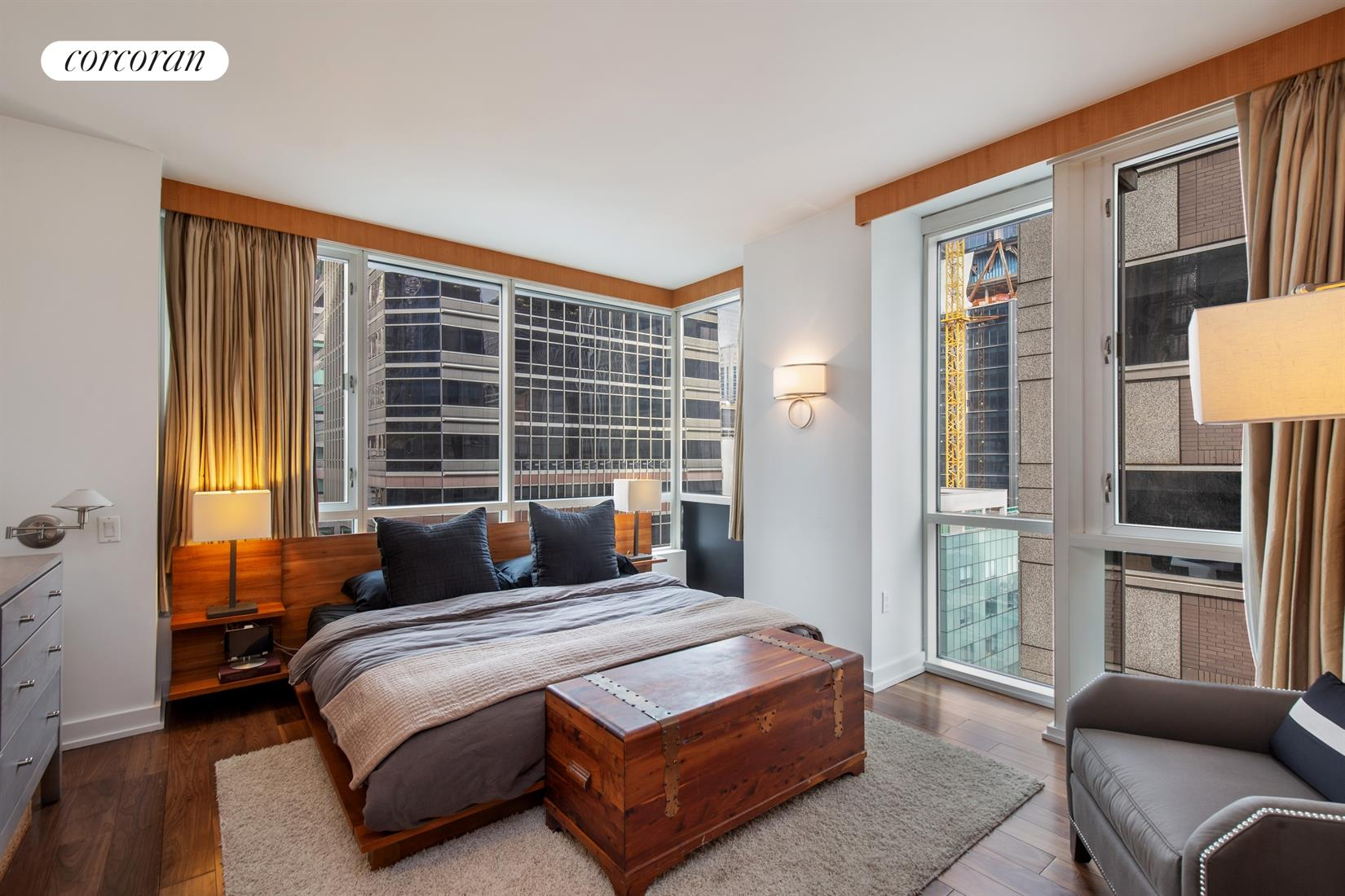 60 East 55th Street, 28A, Spacious living room with floor-to-ceiling windows