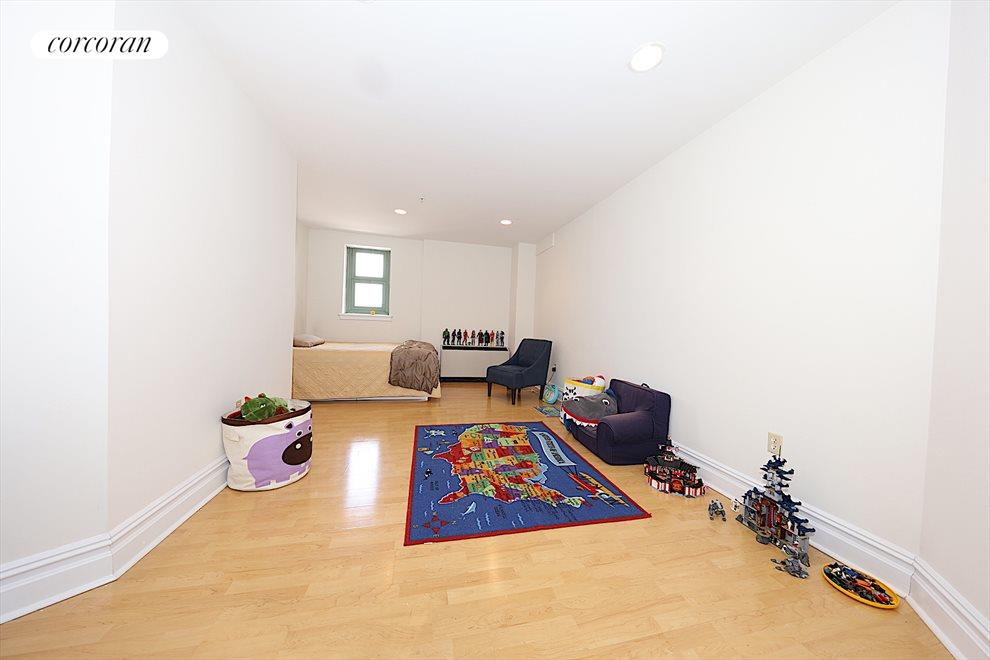 New York City Real Estate | View 19-19 24th Avenue, #L312 | room 4