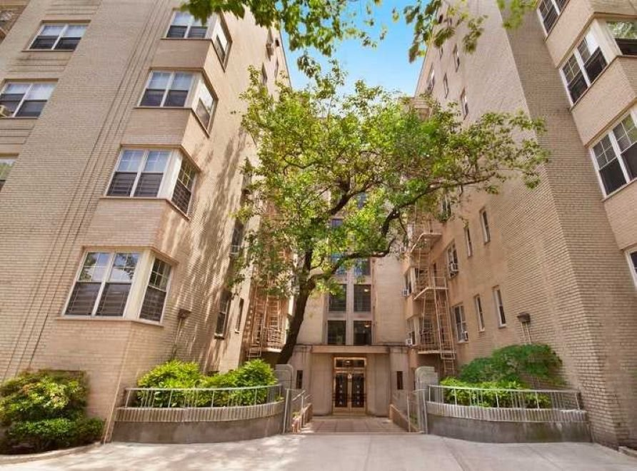 New York City Real Estate | View 720 Fort Washington Avenue, #1V | room 4
