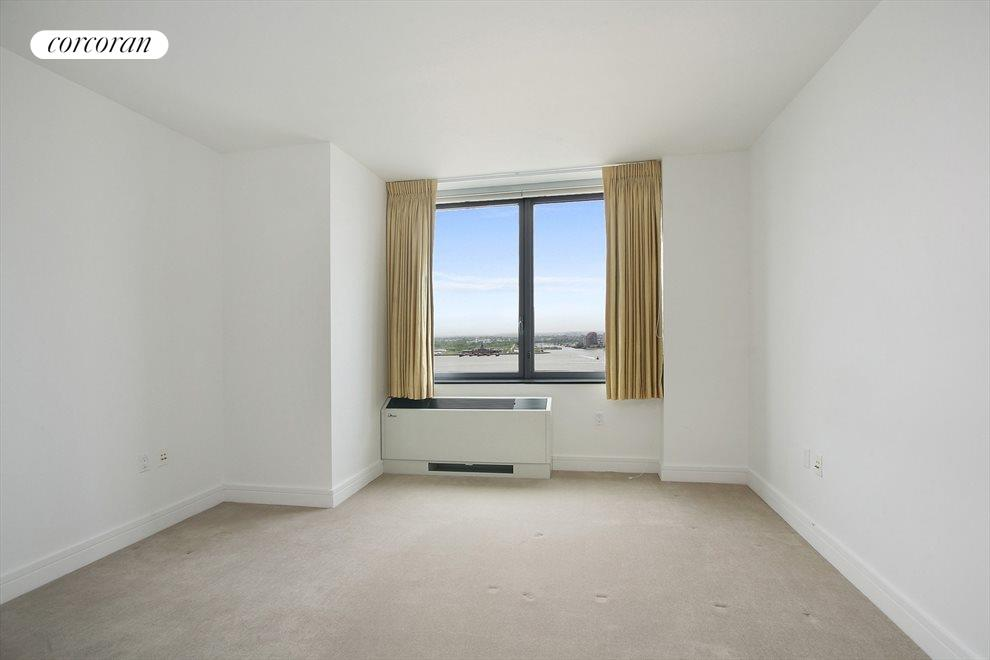 Master BR with Direct Hudson River Views