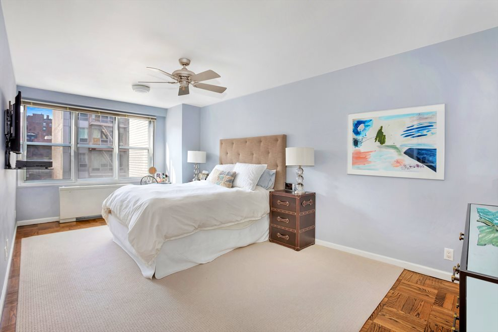 New York City Real Estate | View Third Avenue | room 3