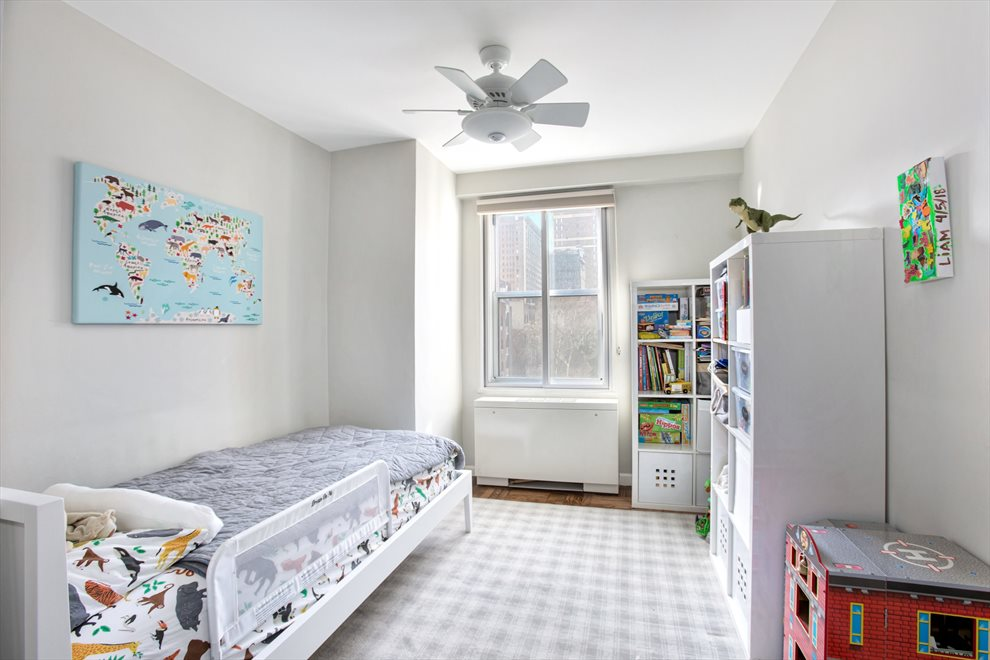 New York City Real Estate | View Third Avenue | room 5