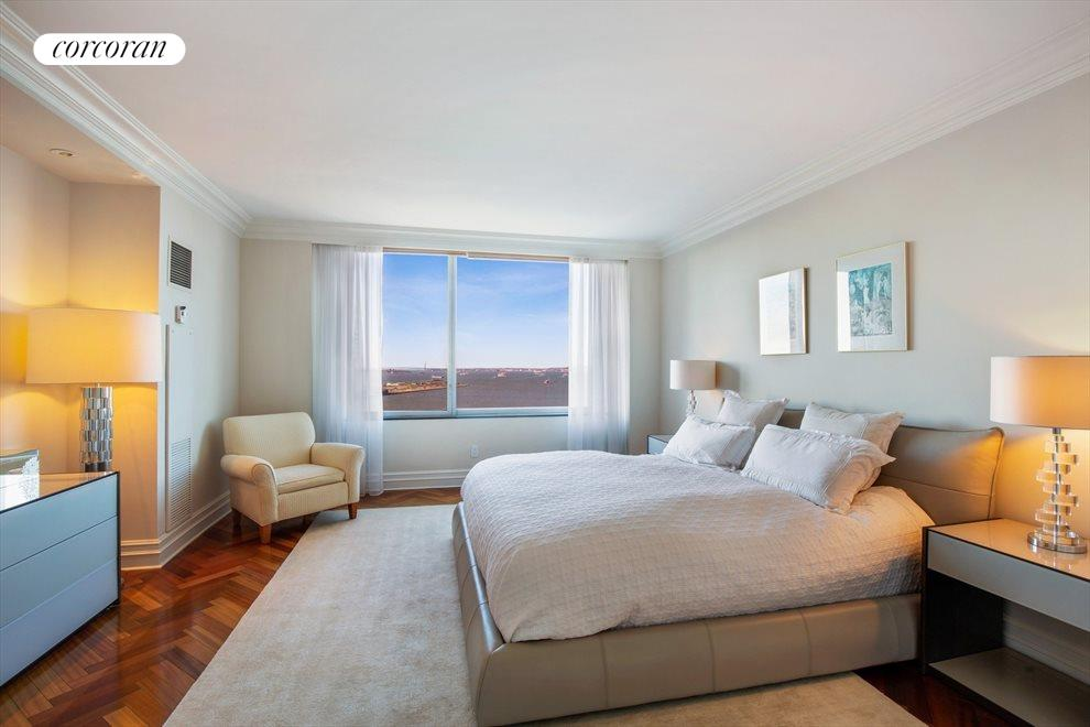 Master Bedroom with Direct Harbor & Statue Views