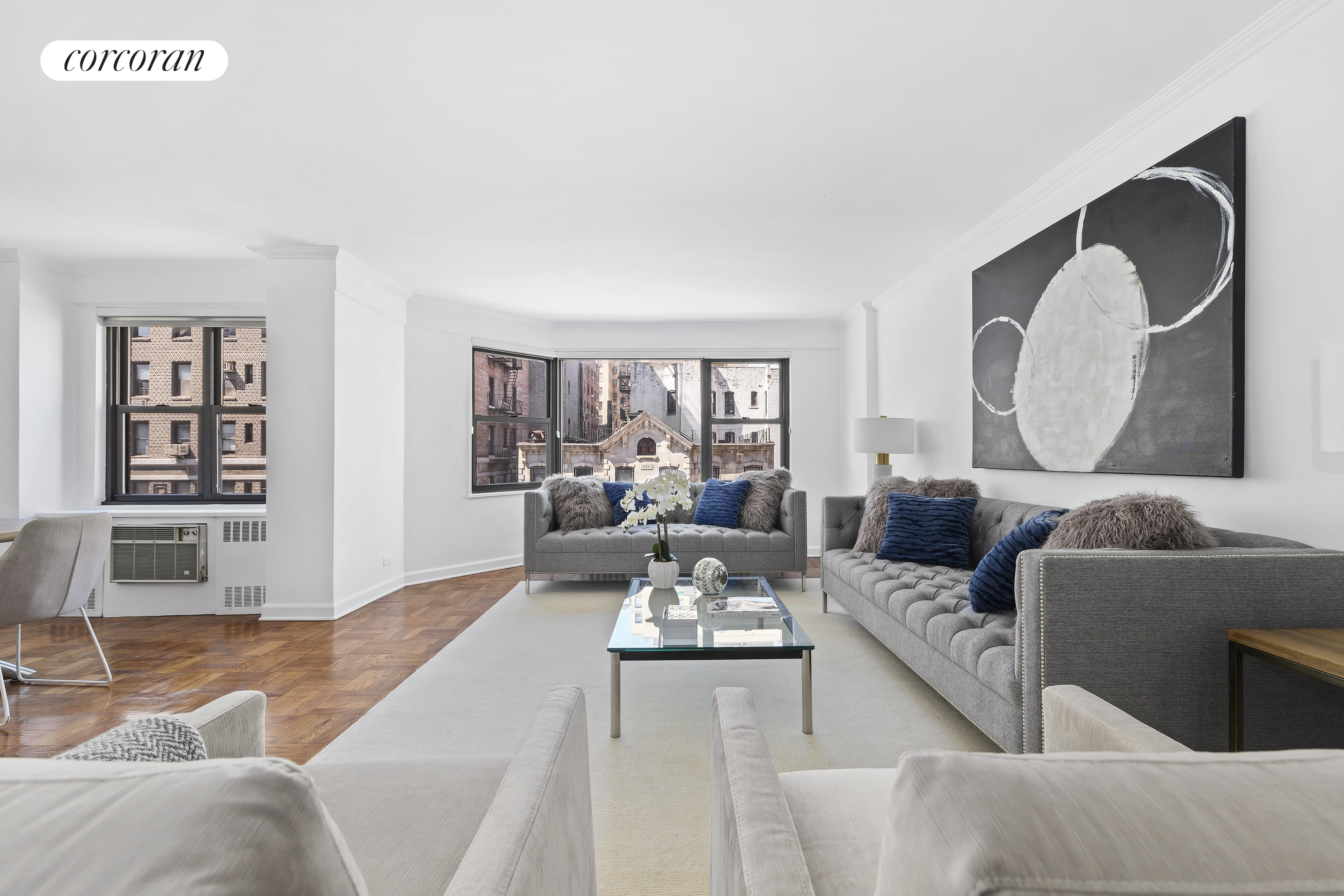 140 East 83rd Street, 5A, Living Room
