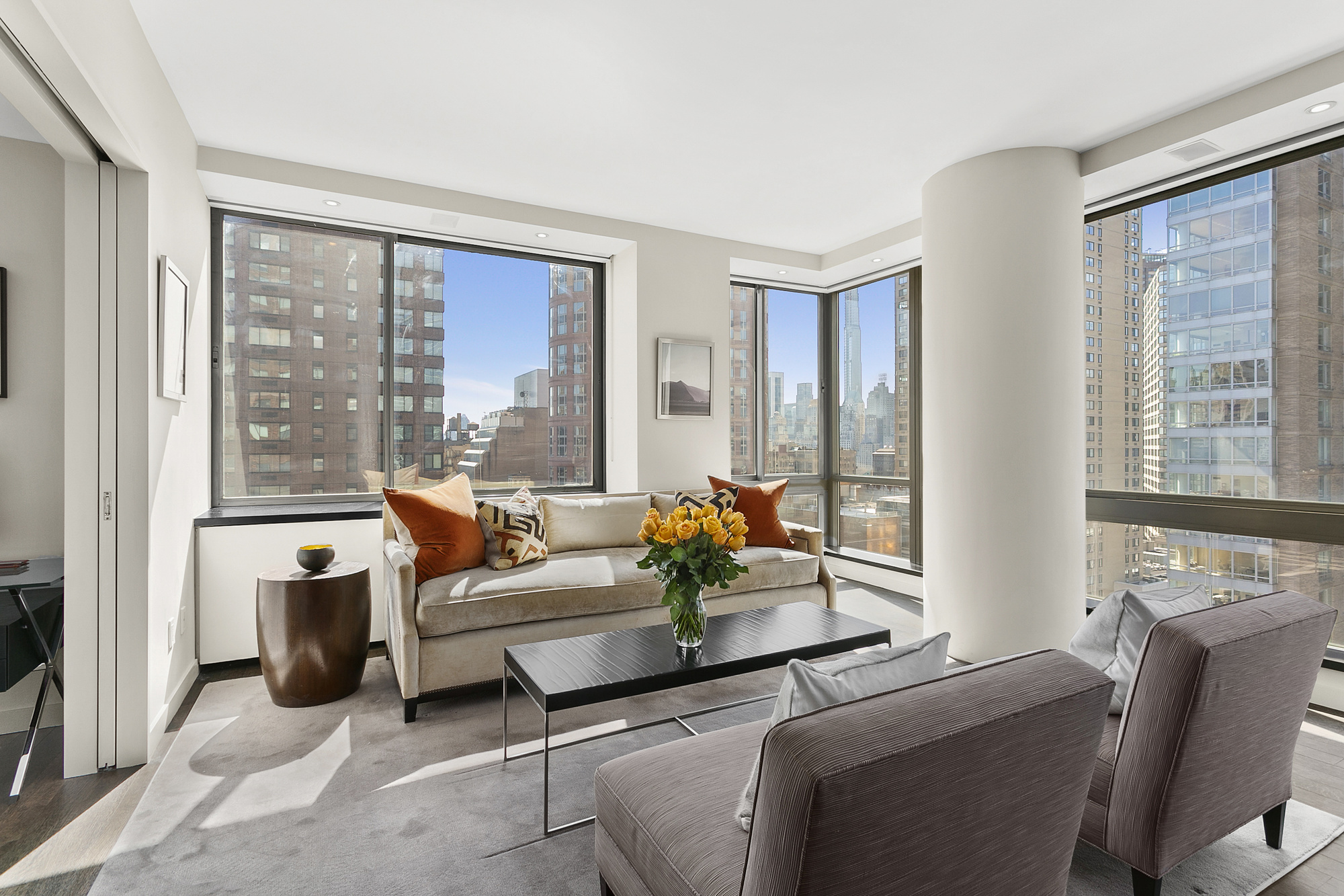 111 West 67th Street, 20LM, Kitchen - Dining - Living