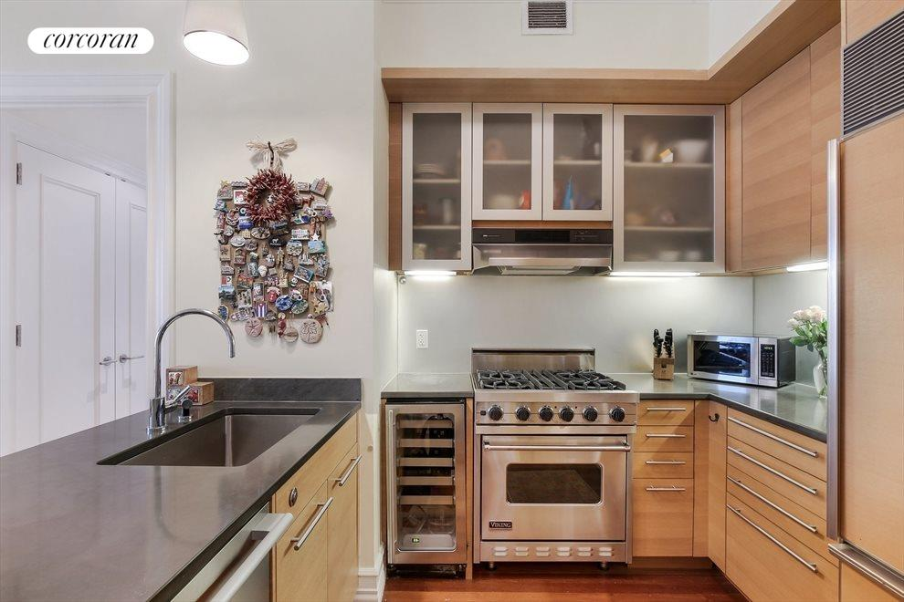 New York City Real Estate | View 30 West Street, #PH2G | Open Chef's Kitchen