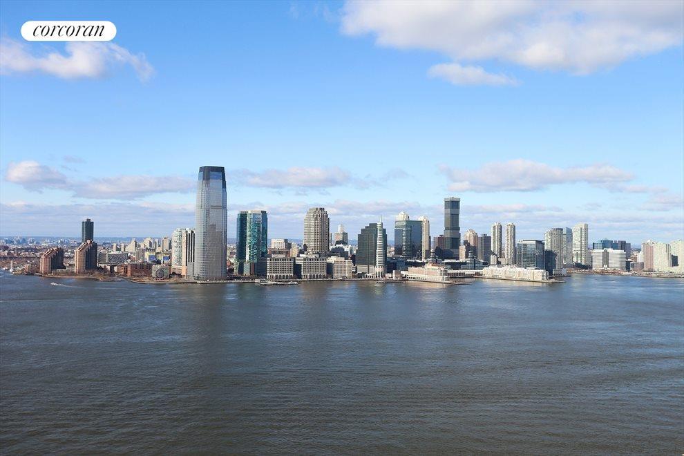 Direct Hudson River Views