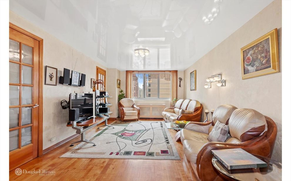 New York City Real Estate | View East 93rd Street | room 8