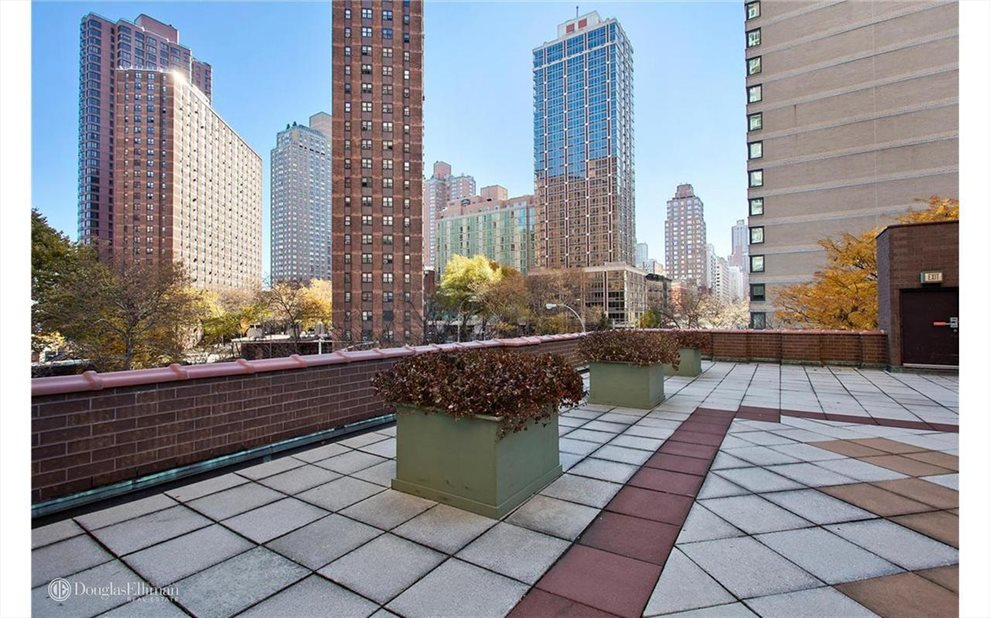New York City Real Estate | View East 93rd Street | room 16
