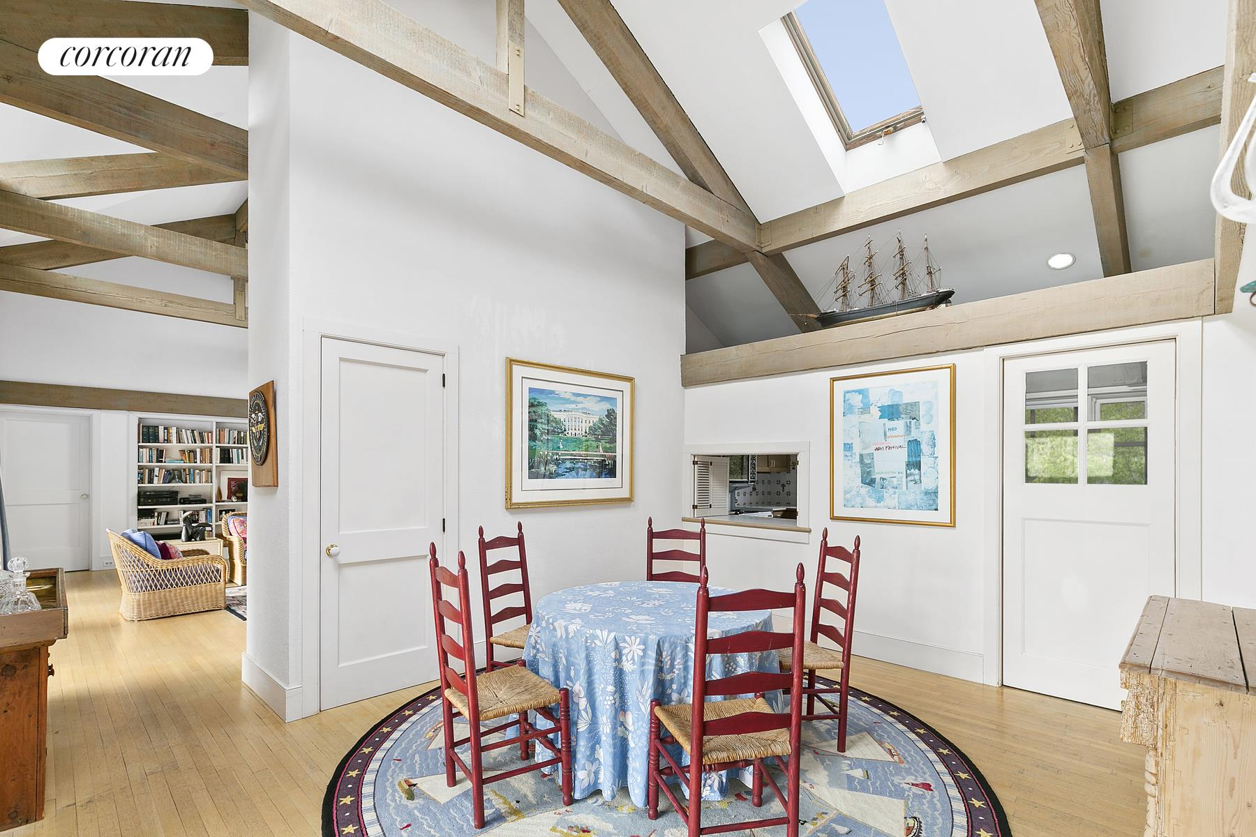 351 Sagaponack Road, Select a Category