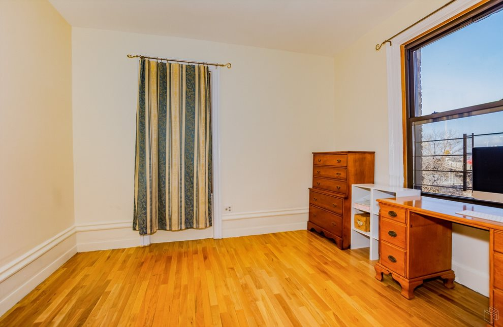 New York City Real Estate | View West 179th Street | room 6
