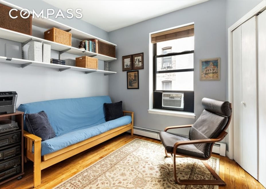 New York City Real Estate | View Eastern Parkway | room 5