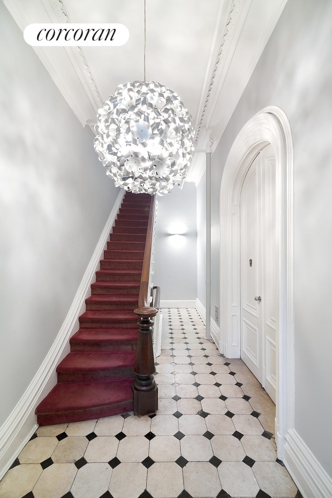65 South Oxford Street, 2, Stunning Parlor Floor