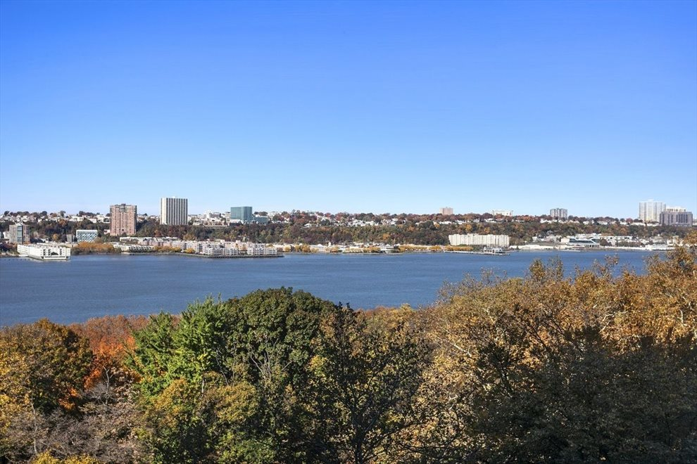 New York City Real Estate | View Riverside Drive | room 49